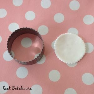 Ice Cream Cupcake Topper Tutorial