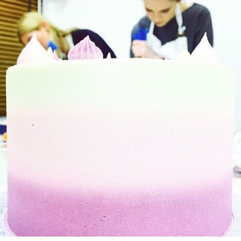 Ombre Buttercream Cake Class In Action