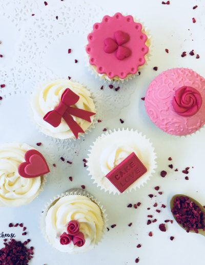 Valentine Cupcake Decorating Class London